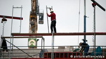 Građevinski radnici na jednoj baušteli u Berlinu
