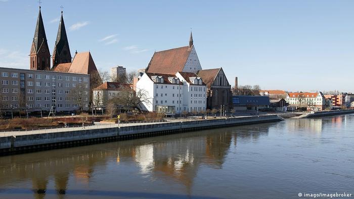 Deutschland Fluß Oder bei Frankfurt Oder-Promenade