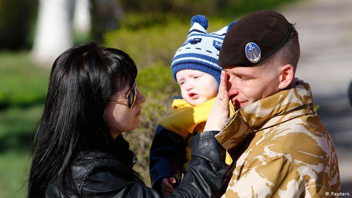 Krim Krise Soldaten Abzug 24.03.2014 Feodosia