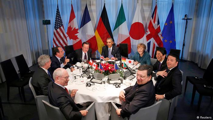 Os líderes do G7 e representantes da União Europeia durante o encontro em Haia