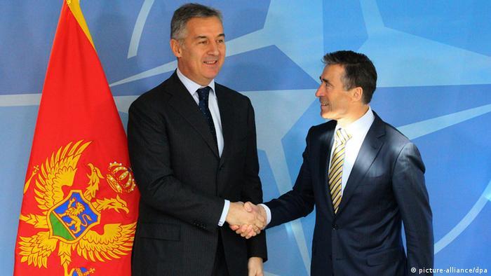 Milo Dukanovic Premierminister Montenegro & Fogh Rasmussen Nato ARCHIV 2013