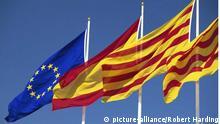 Flaggen der EU, Spaniens und Kataloniens (Foto: picture alliance)
