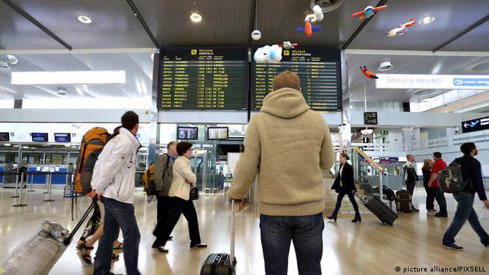 Streik / Anzeigetafel für Flüge