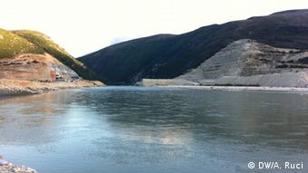 Fluss Vjosa (DW/A. Ruci)