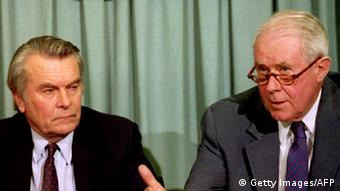 U RS je već održan referendum o nezavisnosti nakon što se 1993. godine na stolu našao mirovni plan Davida Owena i Cyrusa Vancea