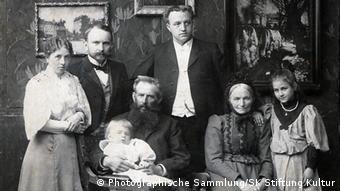 Die Familie Sander in Linz an der Donau (1905). Links: Sander mit seiner Frau Anna (Foto: SK-Stiftung)
