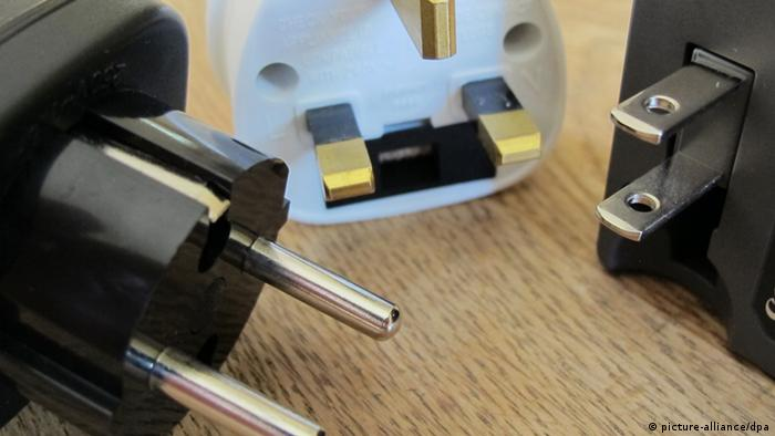 Electrical plugs (photo: picture alliance)