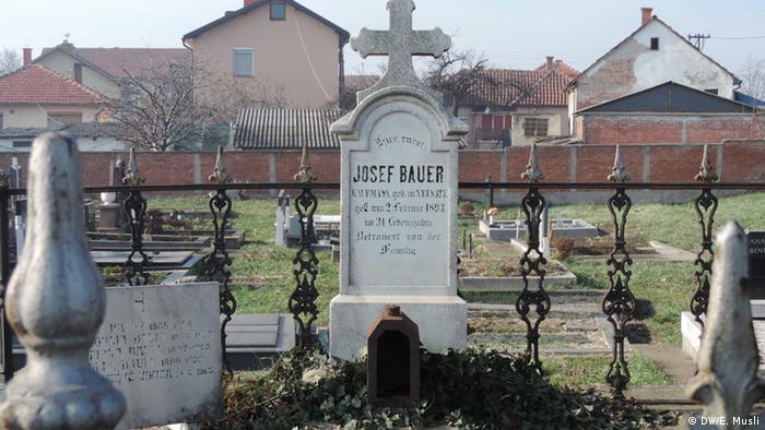 Grob nekadašnjeg gradonačelnika Bijlejine Jozefa Bauera.