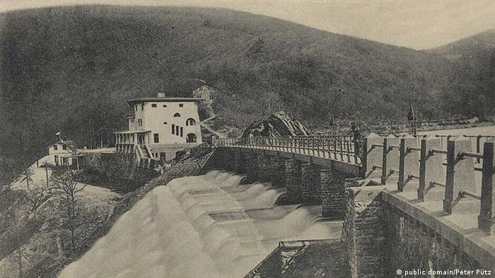Старая почтовая открытка с плотиной Урфтского водохранилища