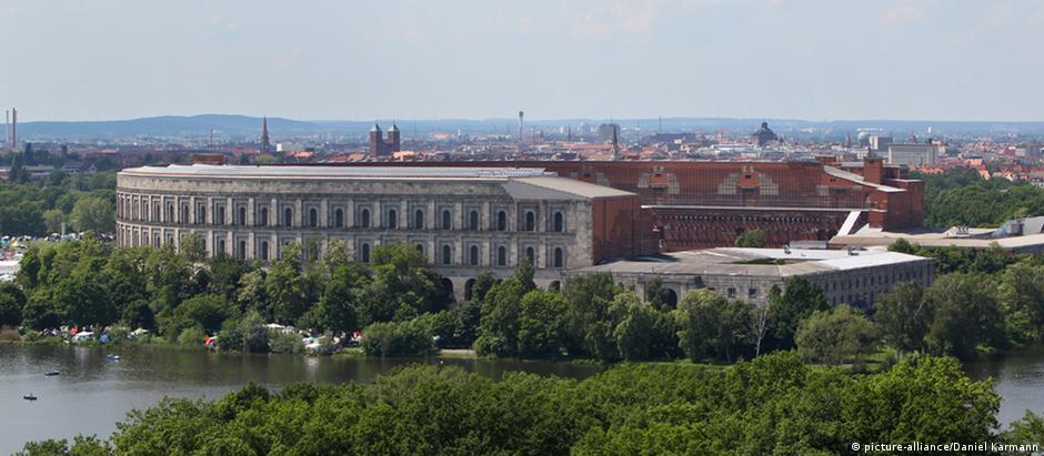Salão de congressos no Reichsparteitagsgelände de Nurembergue
