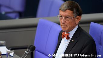 Dienstälteste Bundestagsabgeordnete Heinz Riesenhuber 2013 (ODD ANDERSEN/AFP/Getty Images)