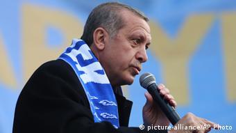 Ο πρόεδρος Ερντογάν εξαπολύει επιθέσεις εναντίον των «εχθρών της Τουρκίας»