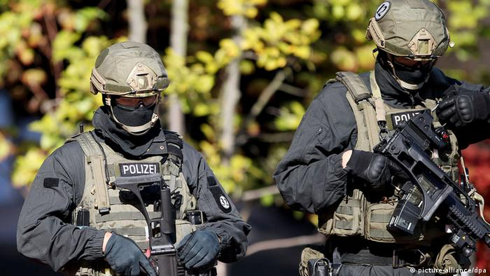 German police from the anti-terror unit GSG 9 - Photo: Oliver Berg dpa/lnw