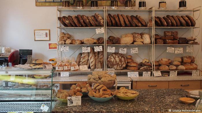 Soluna bakery, summer 2012, Berlin, Courtesy: Ursula Heinzelmann