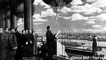 China Peking Mao Tsetung proklamiert die Volksrepublik China