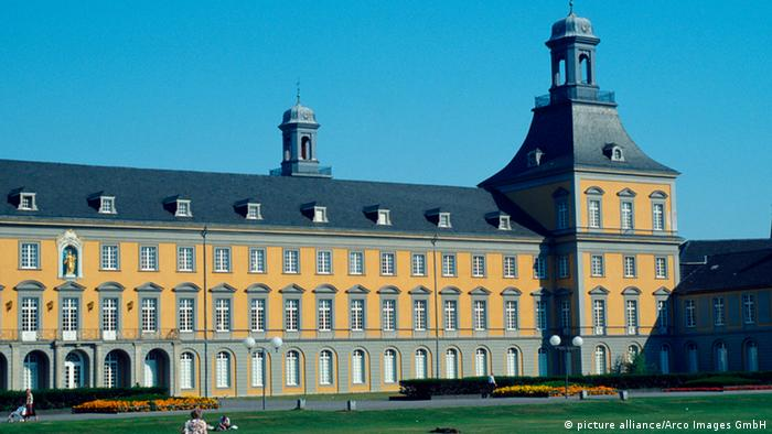 Friedrich-Whilhelms-Universität Bonn (picture alliance/Arco Images GmbH)