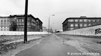 United and still divided: West and East, Berlin's Kreuzberg and Mitte districts in February 1990