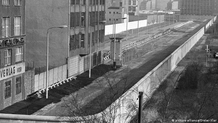 DDR-Grenzanlagen am Potsdamer Platz (1980) (picture-alliance/Dieter Klar)