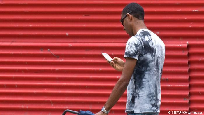 La medida supera las complicaciones de operar llamadas a través de terceros países debido al bloqueo económico que EE.UU. impone a la isla desde 1962.