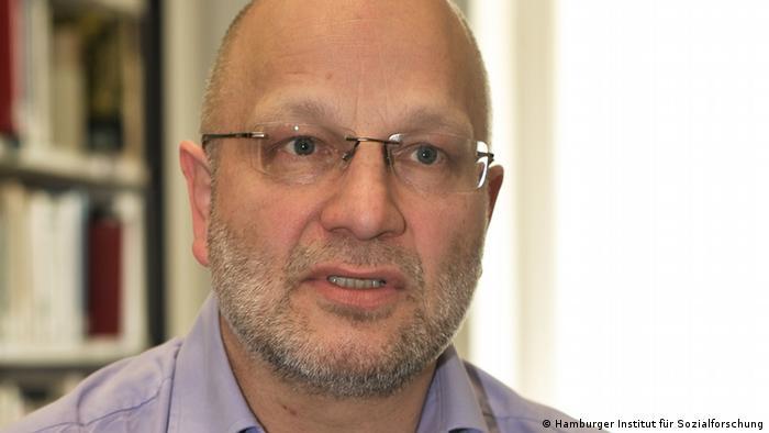 Gerd Hankel est sollicité comme expert dans des procès de génocidaires présumés