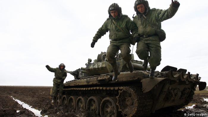 Российские солдаты на маневрах