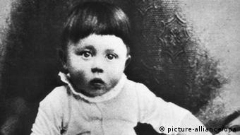 Adolf Hitler Hitler als Kind (picture-alliance/dpa)