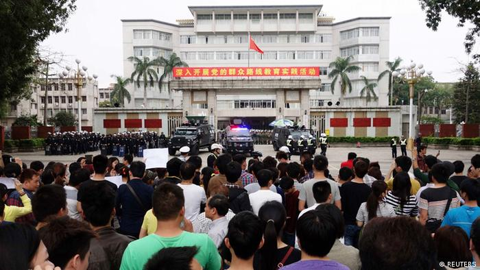 China Protest gegen Chemie Industrie Projekt in Maoming