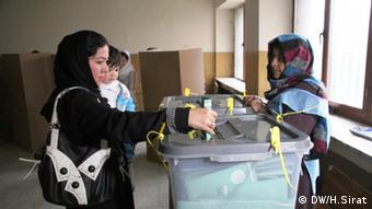 Photo shows the Afghan voters in a poling center in Kabul, Afghanistan during presidential and provincial conceals Election on 05.04.2014.