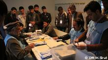 Photo shows the Afghan election workers in Kabul, Afghanistan during counting the presidential and provincial conceals Election votes on 05.04.2014.Photo: H.Sirat-DW