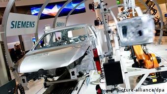Образец полностью автоматизированной линии для сборки автомобилей производства Siemens