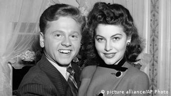 میکی رونی و نخستین همسرش، آوا گاردنر