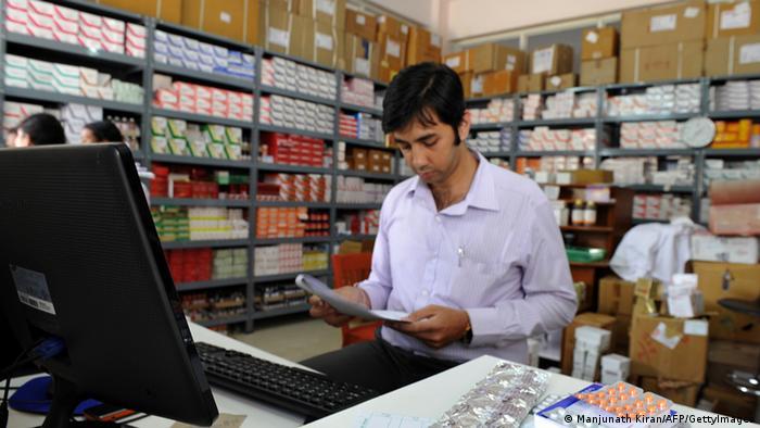 Indien Pharma Apotheke Archiv 2012 (Manjunath Kiran/AFP/GettyImages)