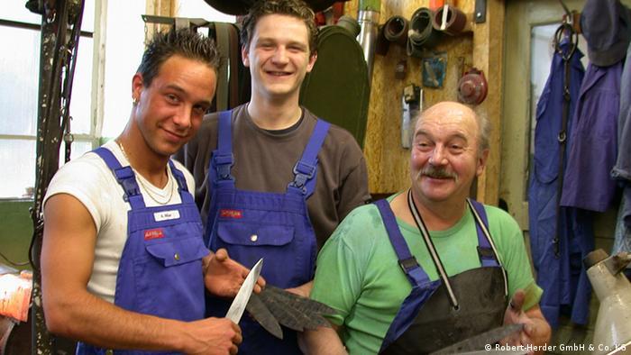 Сотрудниеи разных поколений в Robert Herder GmbH & Co