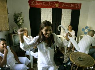 Las Damas de Blanco celebran en Cuba el reconocimiento europeo.