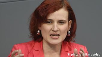Berlin Generaldebatte im Bundestag Katja Kipping