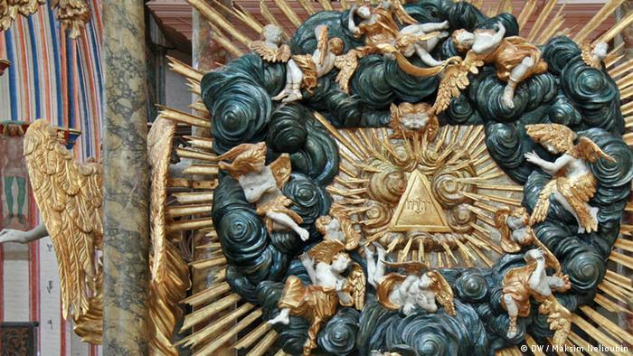 Барочный алтарь в храме Николая Чудотворца в Штральзунде