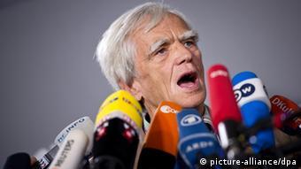 Hans-Christian Ströbele NSA Untersuchungsausschuss 03.04.2014 (Foto: picture alliance)