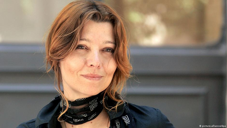 author elif shafak what happens in turkey has. Black Bedroom Furniture Sets. Home Design Ideas