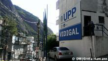 Foto: Greta Hamann Stichworte: Vidigal, Rio de Janeiro, Favela, Armenviertel, UPP Bildbeschreibung: UPP in Favela Vidigal