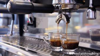 Espresso Maschine Kaffee Kaffee Tasse Espresso Tasse (Fotolia/shirophoto)