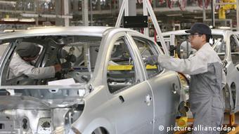 Завод Peugeot Citroen в Калуге