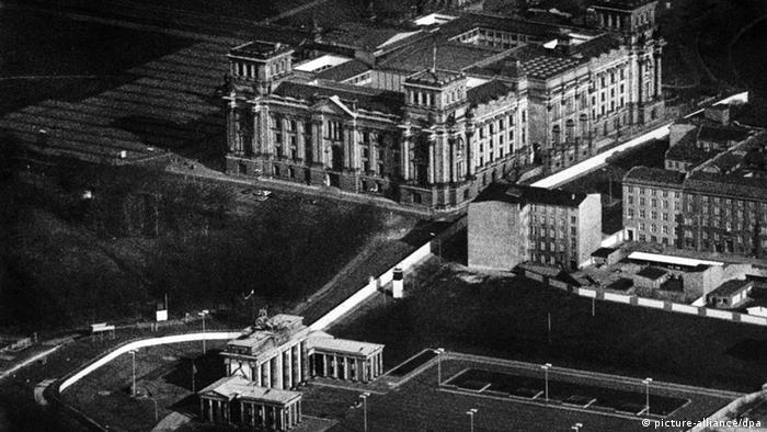 Bildergalerie Reichstag Mauer Archiv 1987