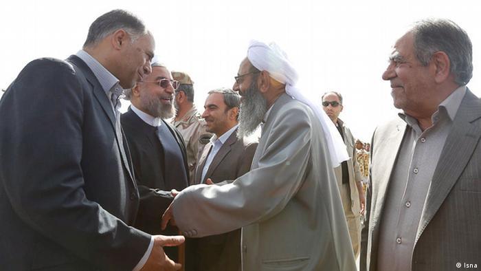 تصویری از حسن روحانی و مولوی عبدالحمید