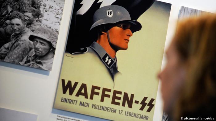 Werbeplakat der Waffen-SS (Foto: picture-alliance/dpa)