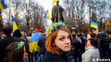 Ostukraine Krise Demo in Lugansk 15.04.2014