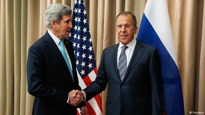 """Avanço do """"Estado Islâmico"""" aproxima Rússia e Ocidente"""