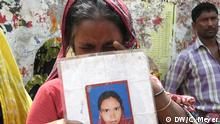 Erster Jahrestag des Einsturzes der Textilfabrik in Bangladesch (Bildergalerie)