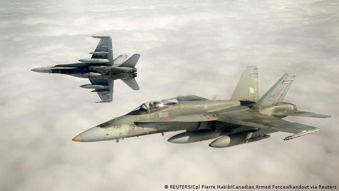 War plane Typ CF-18 (photo: REUTERS/Cpl Pierre Habib/Canadian Armed Forces/handout via Reuters)