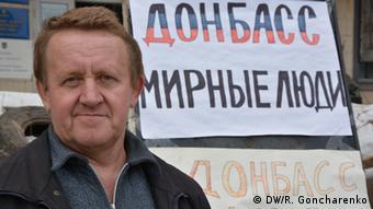 """Wassyl, el cerrajero: """"Preferimos que el Donbás siga siendo ucraniano, pero queremos más autonomía""""."""