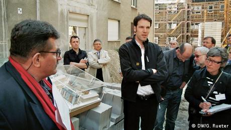 Architekten besuchen Baustelle in Frankfurt